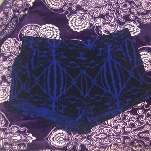 Express Black And Blue Flowy Patterned Shorts SZ L